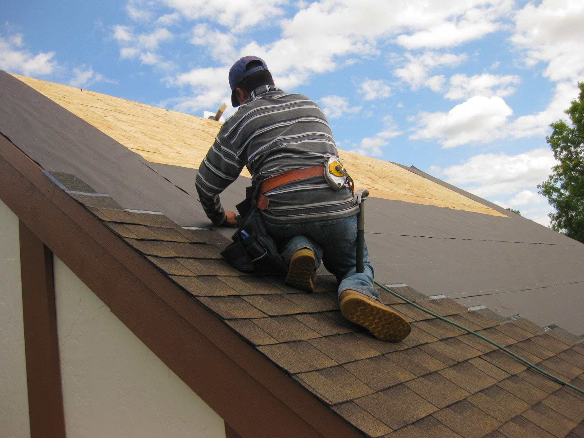 Roofing-and-Exteriors-chicago-IL
